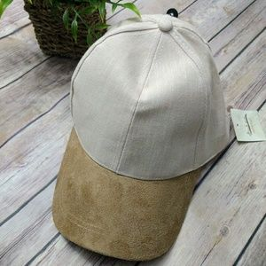 New David and Young faux suede  hat